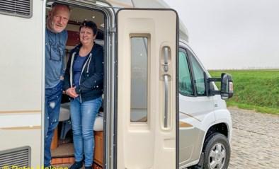 Yvonne en Peter zijn al op post voor Omloop Het Nieuwsblad