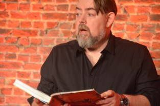 Jeron Dewulf vertelt sprookjes