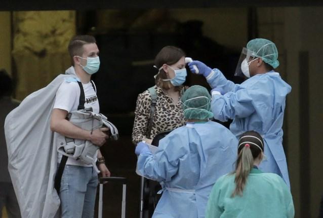 Belgen die vervroegd terugkeerden uit 'coronahotel' op Tenerife zijn terug thuis