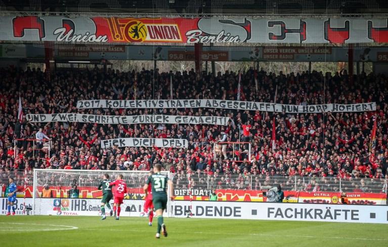 Protest tegen Duitse voetbalbond en eigenaar Hoffenheim blijft duren: opnieuw wedstrijd in Bundesliga stilgelegd