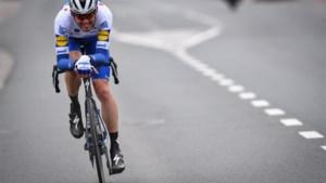 """Patrick Lefevere over Kasper Asgreen, de winnaar van Kuurne-Brussel-Kuurne: """"Een tijdrijder die ook een teamplayer is, dat zie je niet vaak"""""""