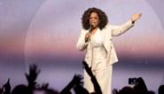 Oprah Winfrey maakt pijnlijke val terwijl ze praat over balans in het leven