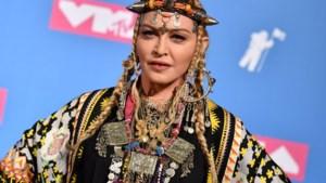 Madonna moet opnieuw optredens afzeggen