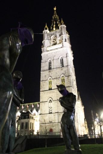 """Activisten blinddoeken Gentse standbeelden: """"Tegen seksisme en ongelijkheid"""""""