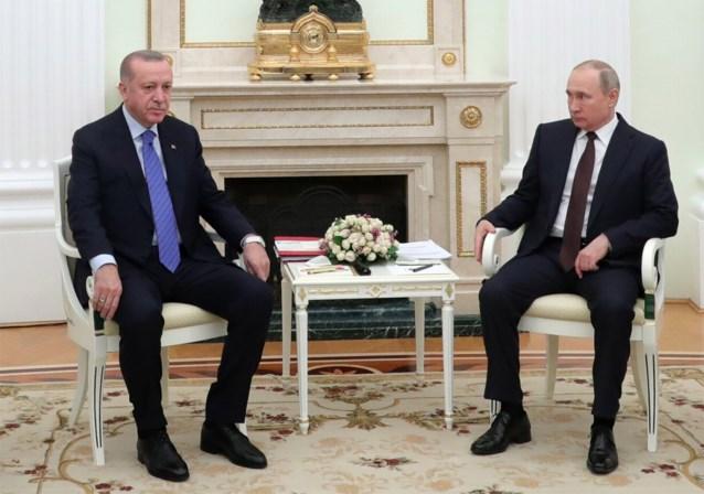 """Poetin en Erdogan starten dialoog in Moskou: """"De hele wereld heeft de ogen op ons gericht"""""""