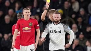 Wayne Rooney kan niet stunten in FA Cup tegen zijn Manchester United, zelfs scoren lukte nét niet