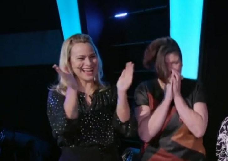 """Vlaanderen rouwt mee met 'The voice kids'-kandidate die moeder verloor bij ongeval: """"Haar mama is vast trots daarboven"""""""