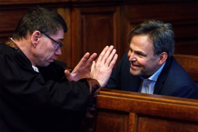 """Patrick Decuyper, ex-CEO van Zulte-Waregem en Antwerp, riskeert twee jaar cel voor fraude met certificaten voor zonnepanelen: """"Het ging enkel om geld, niet om veiligheid van mensen"""""""