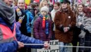 """Greta Thunberg spijbelt met duizenden klimaatjongeren in Brussel: """"Een crisis die niet als crisis wordt behandeld"""""""