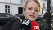 """Minister Muylle: """"Elke reiziger moet gsm-nummer nalaten, voor het geval hij in quarantaine moet"""""""