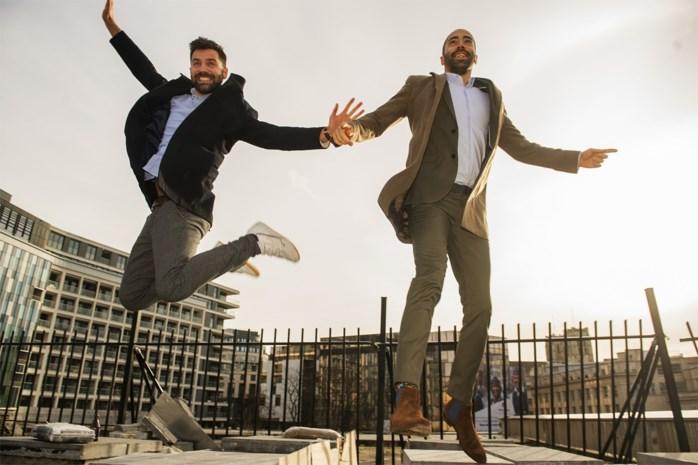 """De band tussen CD&V'ers Sammy Mahdi enThomas Vanmechelen: """"Op een dag ben ik gecrasht op kantoor en toen heb jij me naar huis gestuurd"""""""