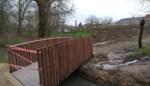 Nieuw brugje over de Voer voor veilige doorsteek naar school