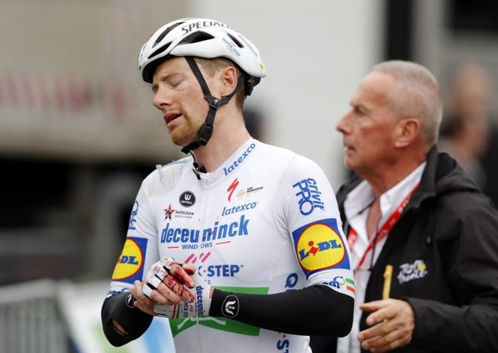 Geen breuk, maar wel puntenaftrek voor Sam Bennett na elleboogstoten aan Quintana in Parijs-Nice
