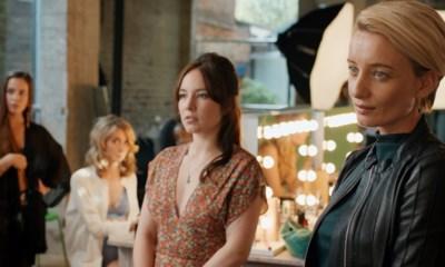 RECENSIE. 'Keizersvrouwen' van Ben Sombogaard: Vrouwen trekken het laken naar zich toe **