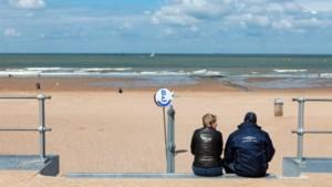 """Provinciegouverneur West-Vlaanderen roept op: """"Kom niet naar de kust"""""""
