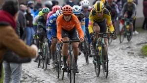 """Matteo Trentin daagt Wout van Aert uit voor zomerveldrit wegens coronavirus: """"Maar ik wil een halve ronde voorsprong"""""""