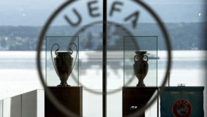 UEFA vraagt 300 miljoen euro 'steun' aan clubs na het uitstel van het EK voetbal