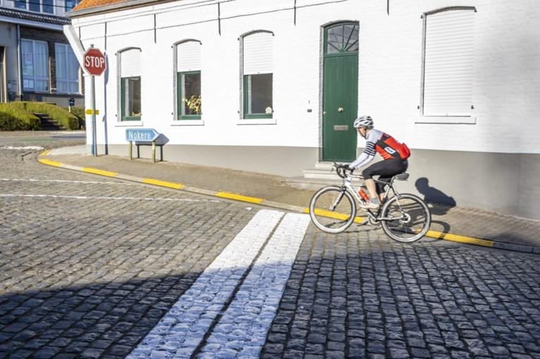 IN BEELD. Geen koers vandaag in Nokere, wel desolate stilte en enkele wielertoeristen