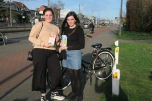'Shopping Sisters' Roos en Luna doen boodschappen voor bejaarden en zieken