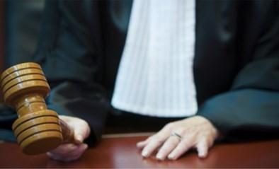 Vier jaar voorwaardelijk voor muziekleraar die leerling en zoon misbruikte