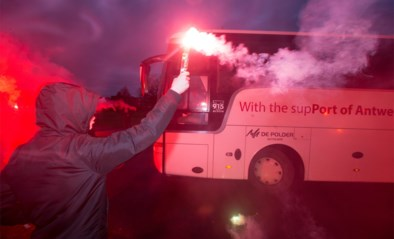 """Ook stoere voetbalsupporters willen mensen door coronaperiode loodsen: """"We willen ons steentje bijdragen"""""""