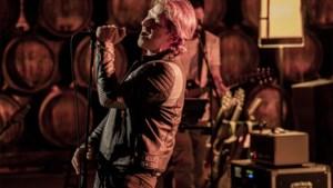 Gene Thomas lost eerste nummer uit 'Liefde voor muziek'