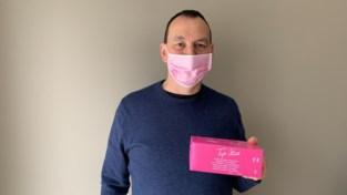 Hij is zelf risicopatiënt en moet zich beschermen. Toch schenkt asbestslachtoffer Jan (49) mondmaskers aan zorgsector