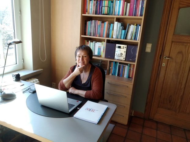 """Vrijwillige therapeuten Tejo zetten begeleiding online verder: """"Coronacrisis hakt er bij veel jongeren diep in"""""""