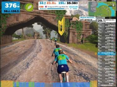 Dan maar een voorjaar op rollen? Renners rijden massaal op Zwift, maar virtuele Ronde van Vlaanderen is niet voor meteen
