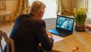 Koning Filip praat via Skype met onderzoekers van KU Leuven