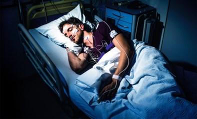 Onze man beleefde een rotnacht in de slaapkliniek en werd geconfronteerd met de risico's van te weinig slaap