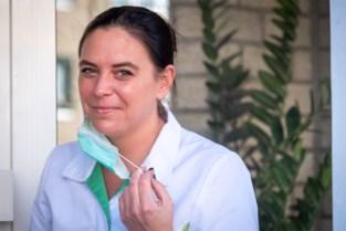 """Thuisverpleegster slaat alarm voor hulpbehoevende ouderen: """"Ook verkeerde diagnoses zullen mensenlevens kosten"""""""