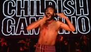 """RECENSIE. Childish Gambino, die heel Amerika choqueerde, verbaast weer met '3.15.20': """"Luister hier eens naar, Kanye"""""""