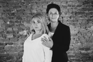 Carine en Lisa nemen vervroegd afscheid van taverne Servais