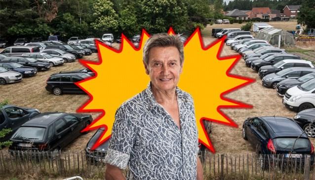 WAAR IS WILLY. Vind jij Willy Sommers terug op deze parkeerweide in Werchter?