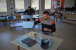 VTI Sint-Lucas houdt zich nuttig bezig tijdens lockdown: leerkrachten maken maskers, leerlingen vinden corona-oplossingen uit