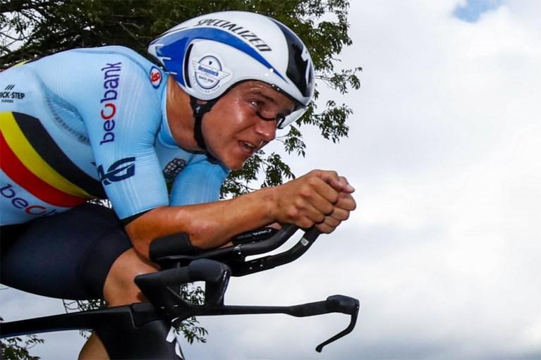 """Remco Evenepoel kijkt vooruit na uitstellen Giro en Olympische Spelen: """"Ik denk aan de Vuelta, maar WK is grote doel"""""""