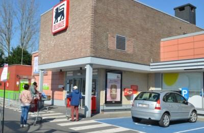 """Politiezone stelt de dertien geboden van de supermarktbezoeker op: """"Maak van winkelbezoek geen uitstapje!"""""""