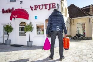 """Toeristen zijn verdwenen, dus opent Bettina haar hotel voor daklozen: """"Een eigen bad en tv, wat een luxe"""""""