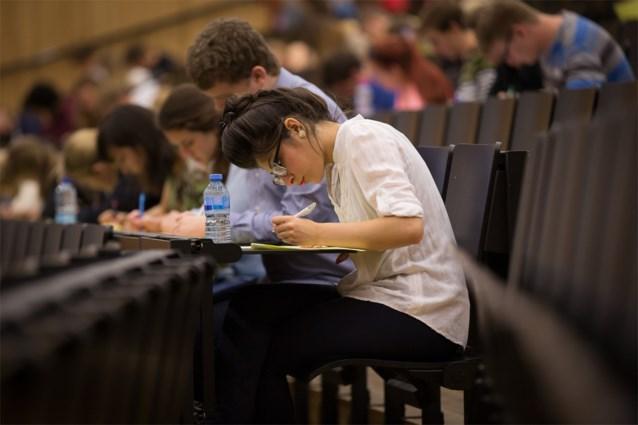 "UGent zal examens ""met social distancing"" afnemen op campus vanaf 1 juni."
