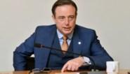 """Bart De Wever gaat in tegen vraag om duidelijkheid van politiezones: """"Laat ze hun gezond verstand gebruiken"""""""