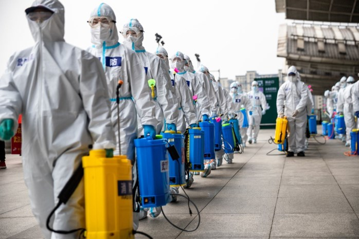 """""""Coronacrisis in Wuhan is voorbij"""", maar in mortuaria zijn nog duizenden urnen besteld. Wat is er aan de hand?"""