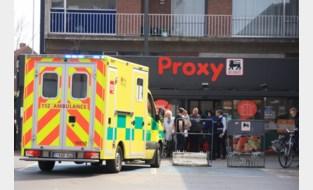 Gewapende overal op Proxy Delhaize in Beveren: dader rooft kassa leeg voor ogen van tientallen klanten