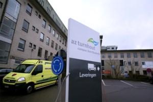 """Standbouwer creëert extra kamers in ziekenhuis: """"Er zijn nu toch geen beurzen"""""""