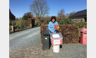 """Politie sluit 'kleinste bibliotheek van Vlaanderen': """"Hoe goed dit initiatief ook bedoeld was, we moeten het verbieden"""""""