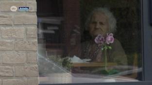 Eigenaars taverne Ravenstein schenken taart voor eenzame bewoners woonzorgcentrum