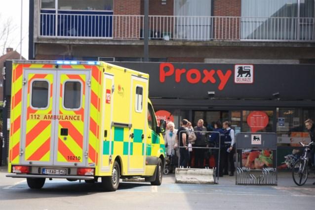 Gewapende overval op Proxy Delhaize in Beveren: dader rooft kassa leeg voor ogen van tientallen klanten