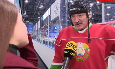 """Wit-Russische president lacht weer met coronavirus en komt met nóg een nieuwe 'remedie' naast """"tractors en wodka"""""""