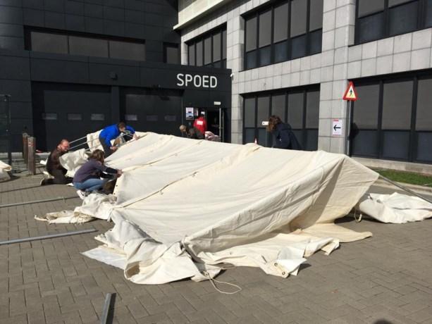 Scouts helpen ziekenhuis Jan Palfijn met uitbreiding spoeddienst