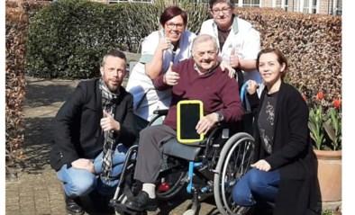 Eerste iPad van Toby Alderweireld komt aan in residentie Beukenhof